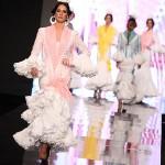 El blanco en trajes de flamenca.