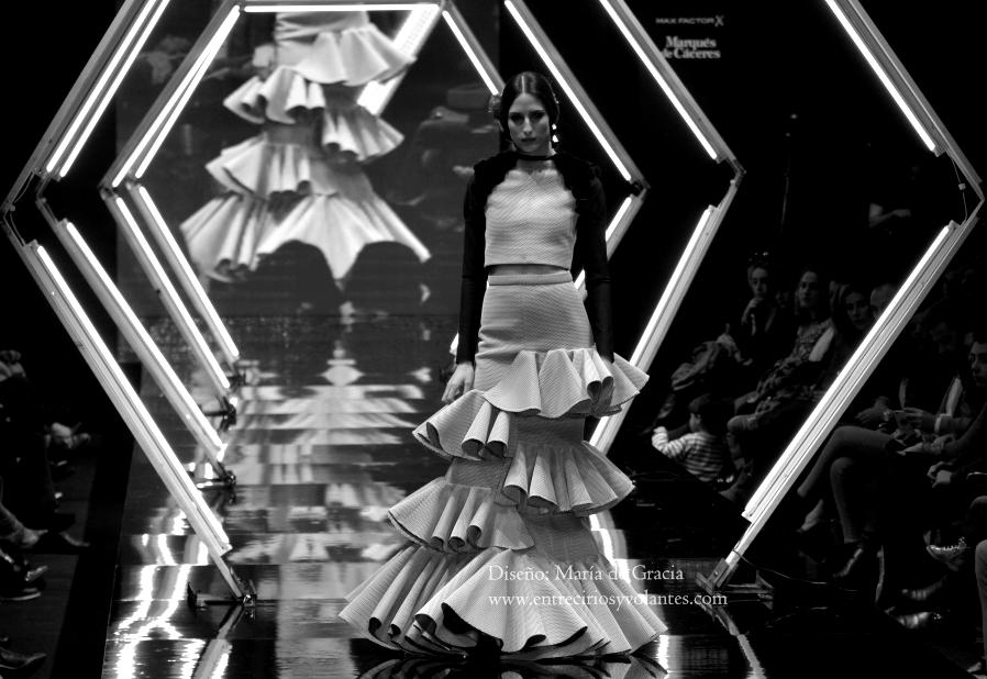 trajes de flamenca simof 2014 entre cirios y volantes (12)