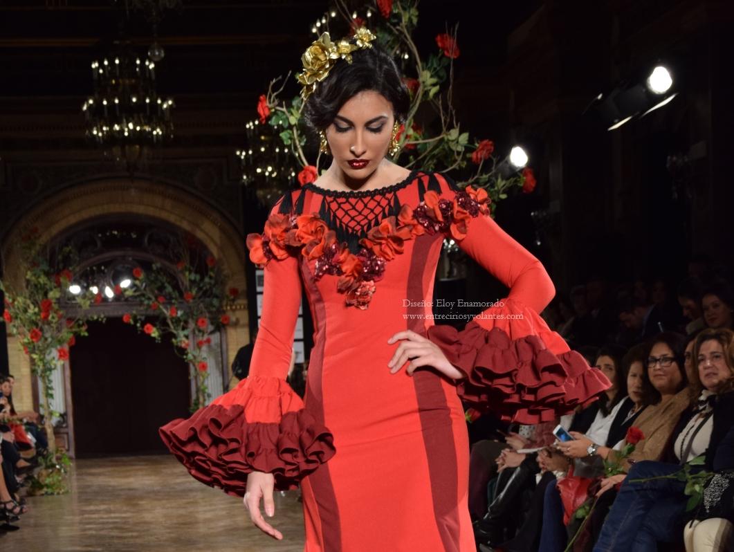 tendencias-trajes-de-flamenca-2016-entre-cirios-y-volantes